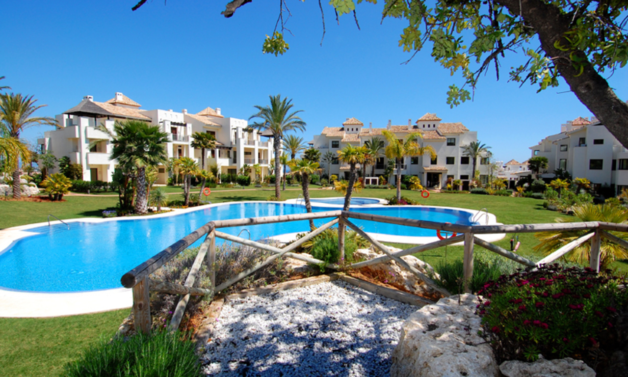 Luxury apartments for sale in the area Marbella - Benahavis 10