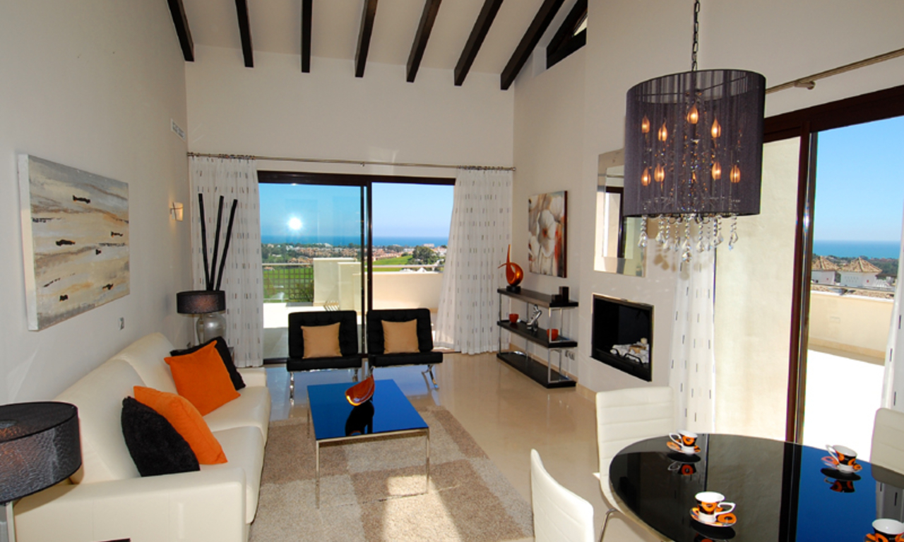 Luxury apartments for sale in the area Marbella - Benahavis 2