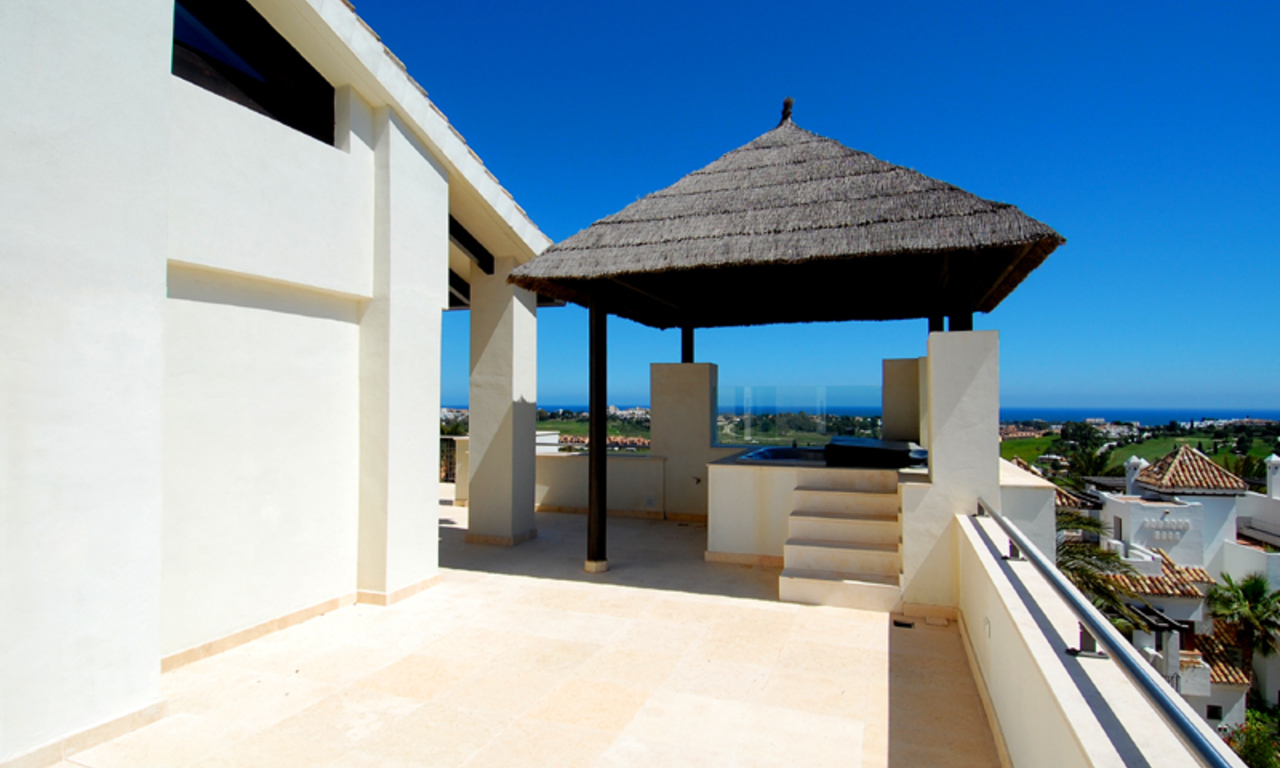 Luxury apartments for sale in the area Marbella - Benahavis 8