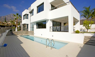 New villa for sale on the Golden Mile in Marbella 0