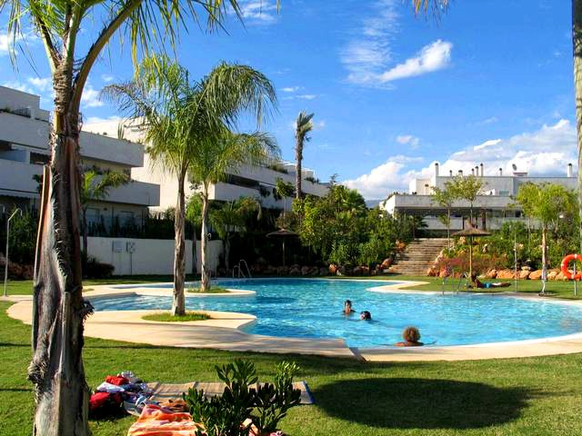 Bargain 3 bedroom apartment for sale in Nueva Andalucia - Marbella
