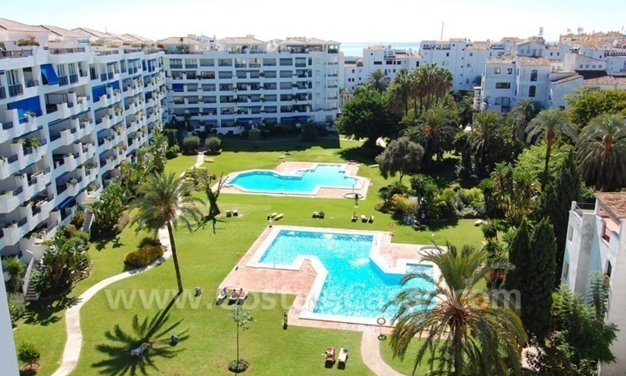 Penthouse apartment for sale in central Puerto Banus, Marbella 0