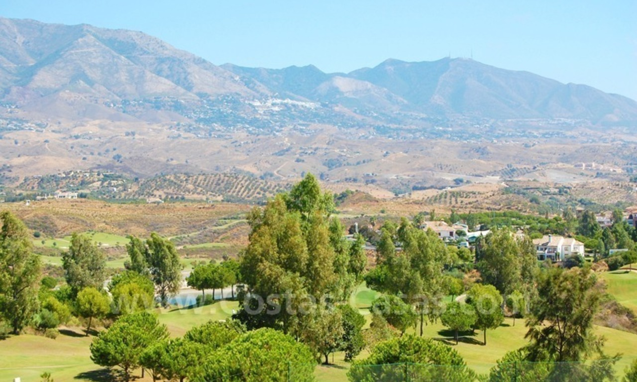 Houses for sale on Golf resort in Mijas at the Costa del Sol 4