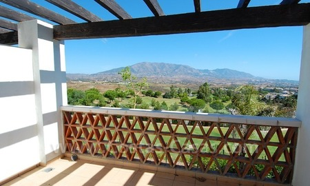 Bargain property for sale on Golf resort in Mijas at the Costa del Sol 11