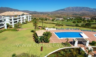 Bargain penthouse apartment for sale on Golf resort in Mijas, Costa del Sol 2