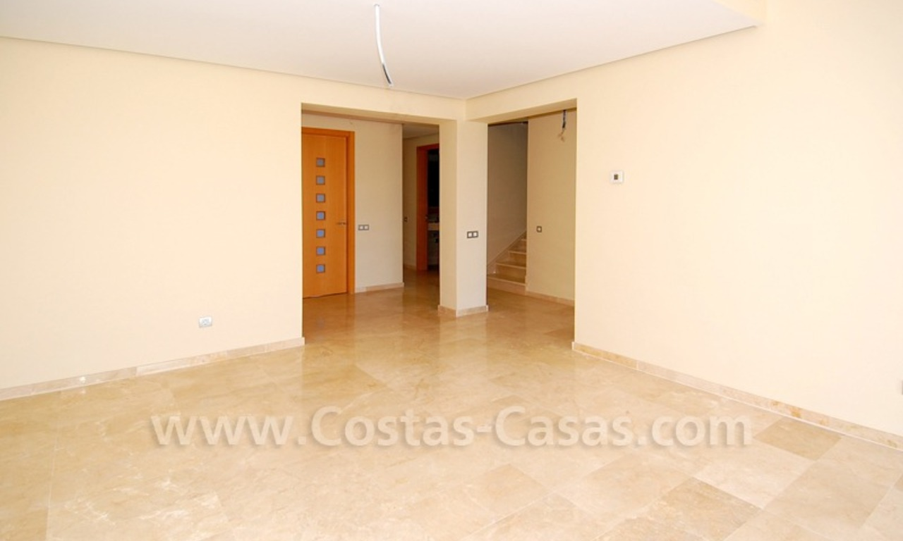 Bargain penthouse apartment for sale on Golf resort in Mijas, Costa del Sol 5