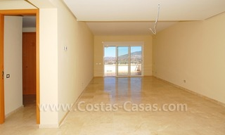 Bargain penthouse apartment for sale on Golf resort in Mijas, Costa del Sol 6