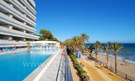 Luxury apartment for sale, frontline beach complex, Golden Mile near central Marbella
