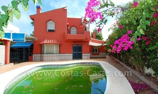 To renovate beachside detached villa for sale in the area of Marbella - Estepona 0