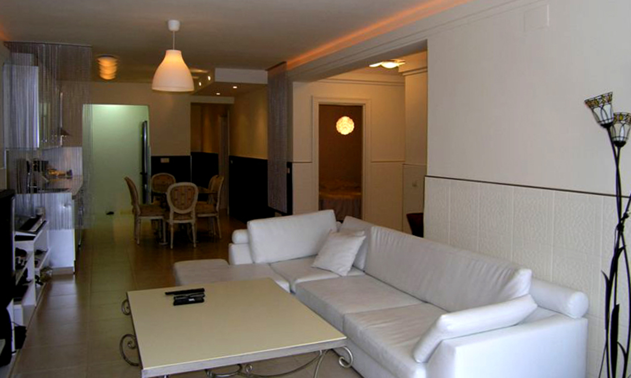 Bargain refurbished apartment for sale in Nueva Andalucia, Marbella 1