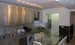 Bargain refurbished apartment for sale in Nueva Andalucia, Marbella 2