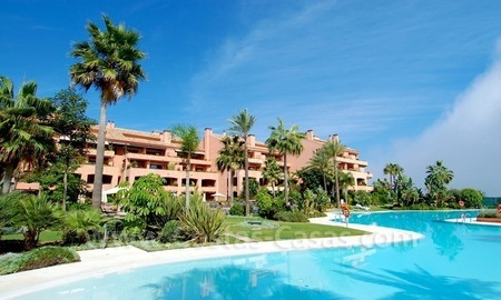 Luxury beachfront apartment for sale in Malibu, Puerto Banus, Marbella