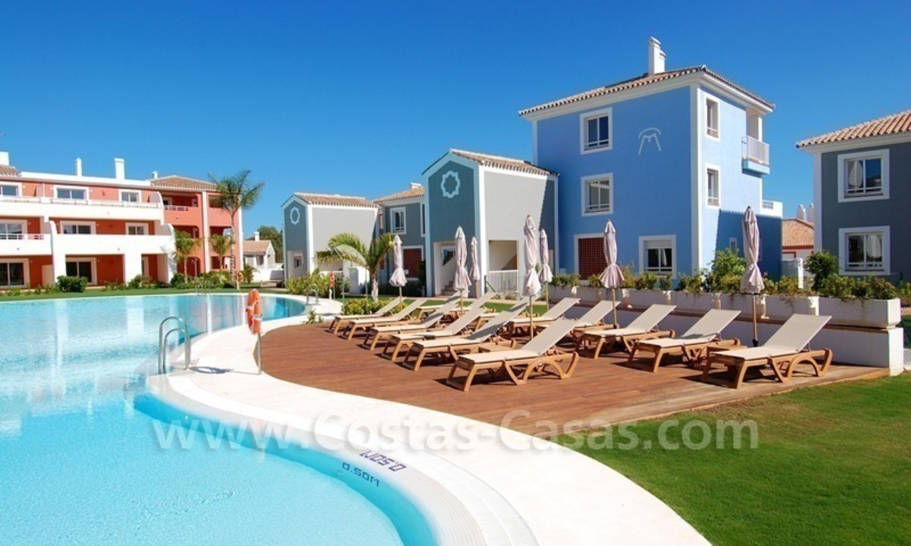 Bargain apartments and penthouses for sale, New Golden Mile, Marbella - Estepona 1
