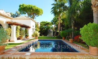 Beachside villa for sale on the New Golden Mile between Marbella and Estepona 1