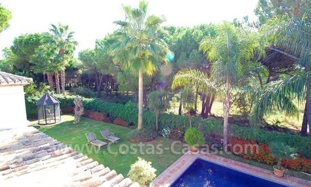Beachside villa for sale on the New Golden Mile between Marbella and Estepona 6