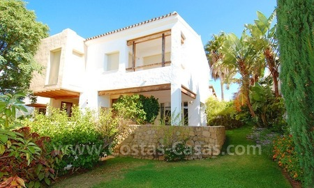 Bargain detached villa for sale in golf area of Marbella – Benahavis 1