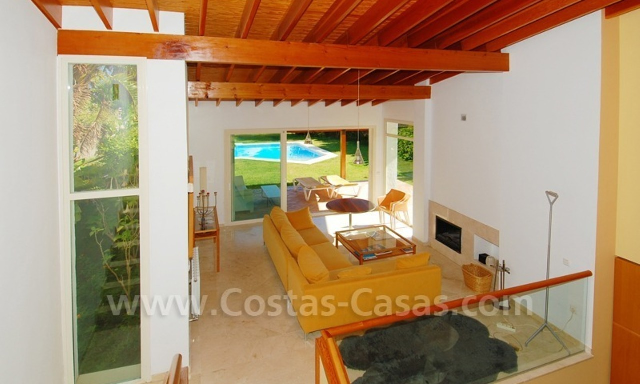 Bargain detached villa for sale in golf area of Marbella – Benahavis 12