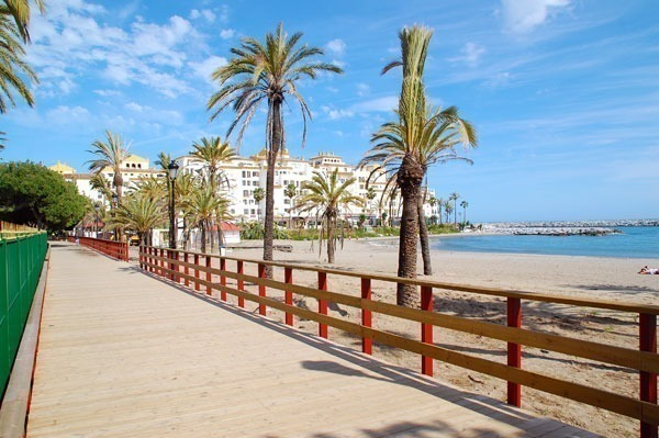 beach promenade puerto banus finished