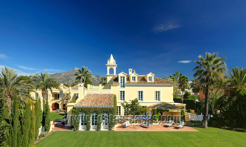 Classical chateau styled mansion villa for sale in Nueva Andalucía, Marbella 22636