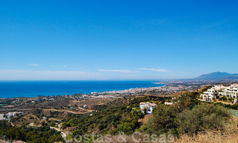 Building Plots for Sale on the Slopes of the Los Altos de Los Monteros in Marbella 31480