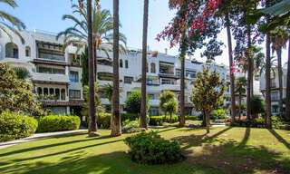 For Sale in Puerto Banús, Marbella: Beachside Apartment Nearby Marina 29825