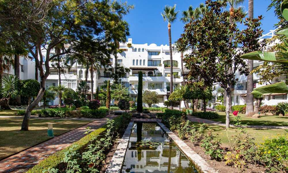 For Sale in Puerto Banús, Marbella: Beachside Apartment Nearby Marina 29833