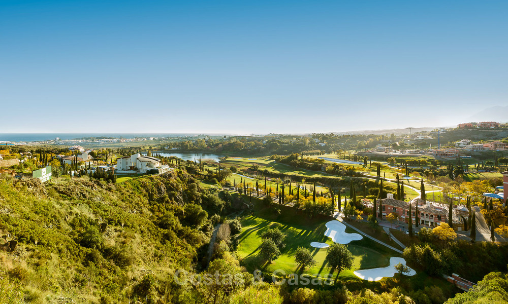 Modern Apartments for sale at 5-Star Golf Resort, New Golden Mile, Marbella - Benahavís. Last units, up to 36% off! 17890
