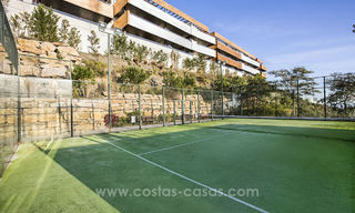 Modern Apartments for sale at 5-Star Golf Resort, New Golden Mile, Marbella - Benahavís. Last units, up to 36% off! 17899