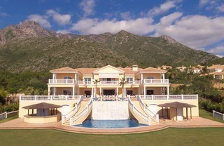 Exclusive villa for sale in Marbella - Sierra Blanca - Costa del Sol