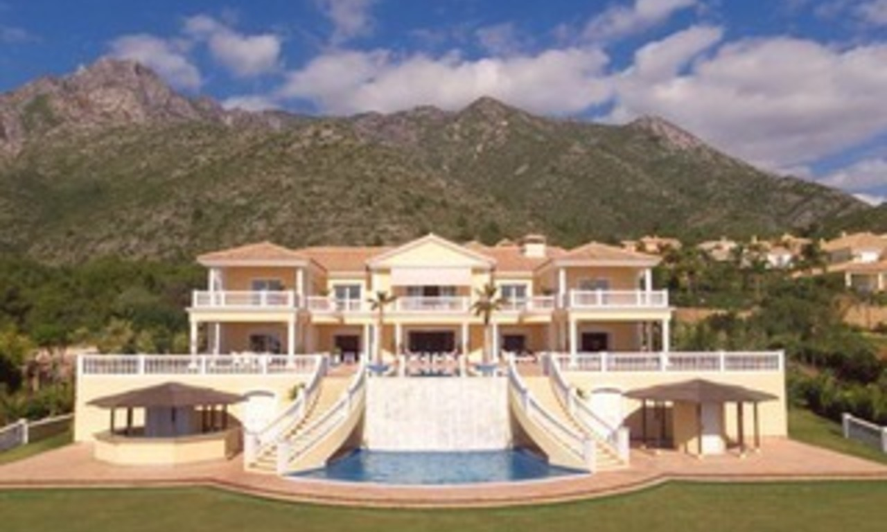 Exclusive villa for sale in Marbella - Sierra Blanca - Costa del Sol 0