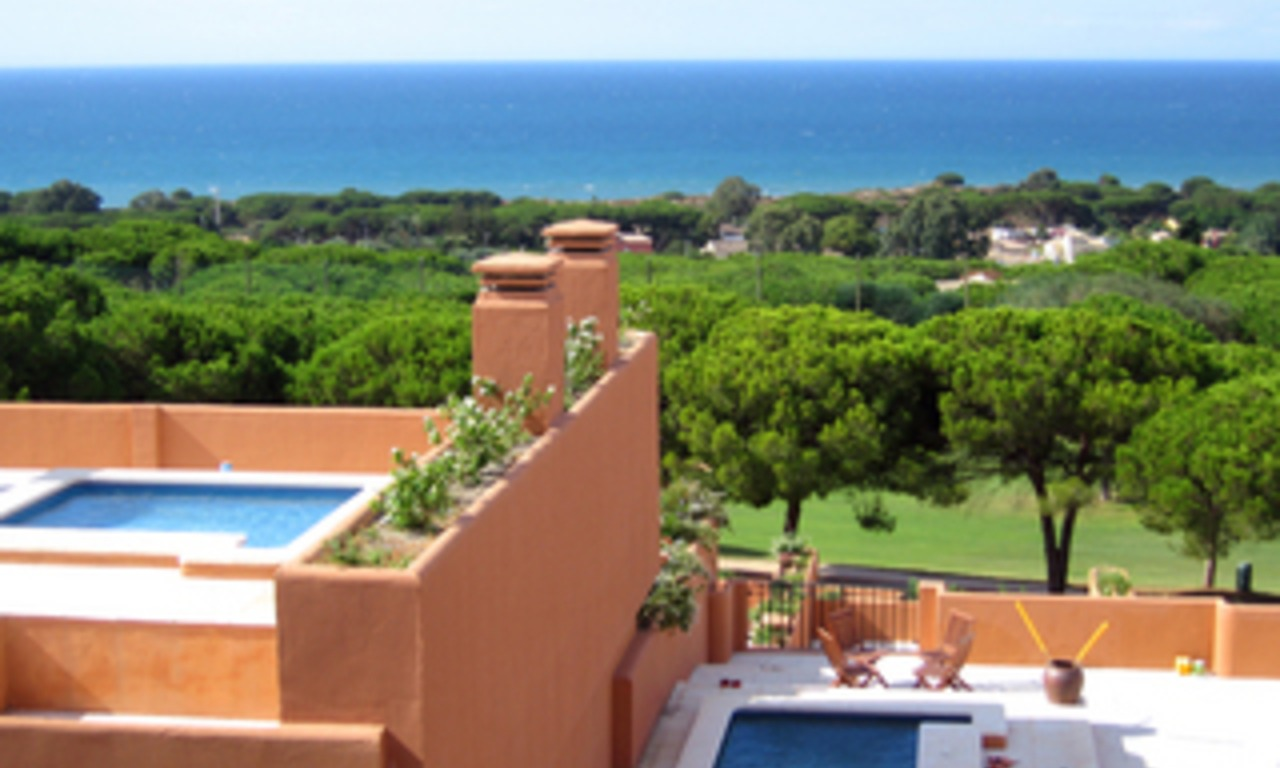 Penthouse for sale - Cabopino - Marbella - Costa del Sol 0