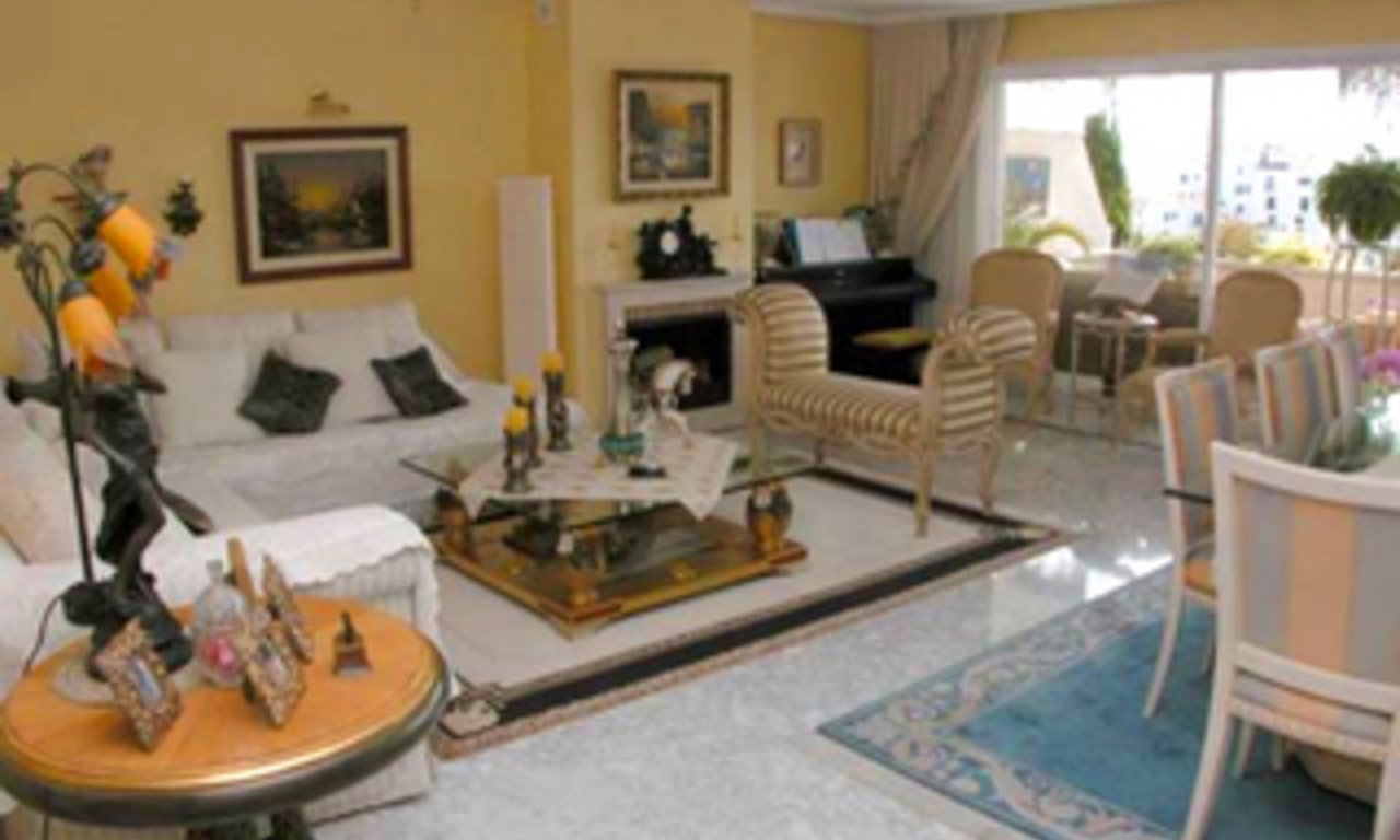 Penthouse apartment for sale, Puerto Banus, Marbella 8