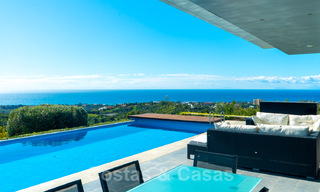 Move in ready! Modern villa for sale with stunning open sea views just east of Marbella centre 32717
