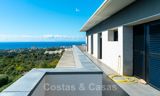 Move in ready! Modern villa for sale with stunning open sea views just east of Marbella centre 32725