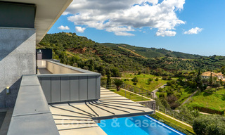 Move in ready! Modern villa for sale with stunning open sea views just east of Marbella centre 32733