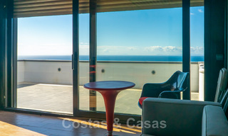 Move in ready! Modern villa for sale with stunning open sea views just east of Marbella centre 32734