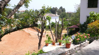 Villa property for sale walking distance of mijas pueblo costa del sol for Beneden tuin