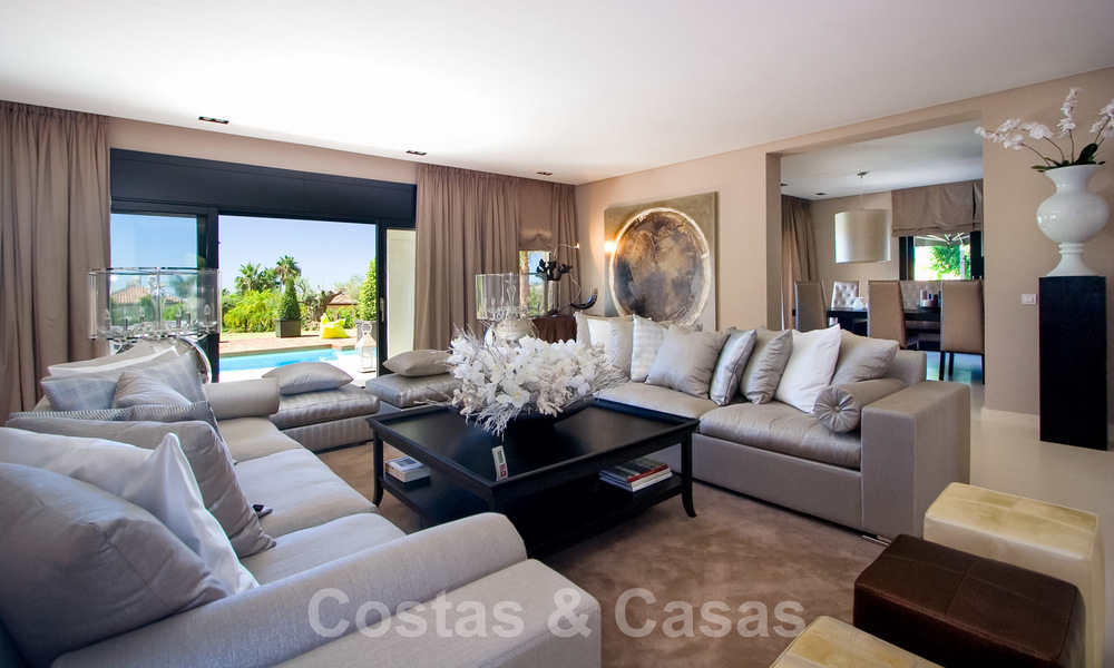 Impressive contemporary luxury villa with guest apartment for sale in the Golf Valley of Nueva Andalucia, Marbella 22590