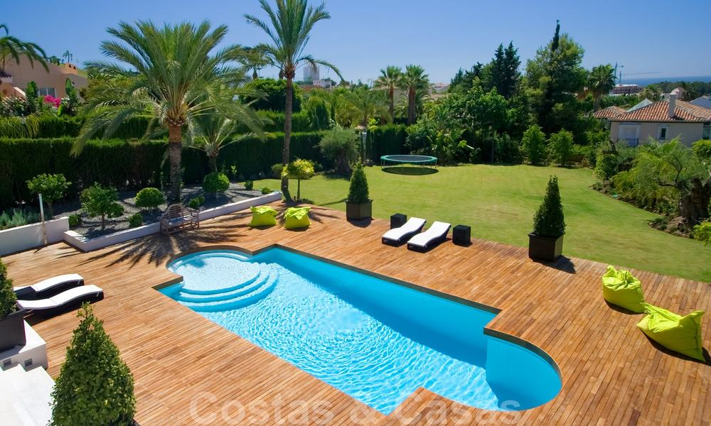 Impressive contemporary luxury villa with guest apartment for sale in the Golf Valley of Nueva Andalucia, Marbella 22596