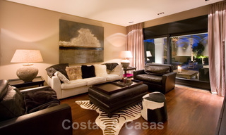 Impressive contemporary luxury villa with guest apartment for sale in the Golf Valley of Nueva Andalucia, Marbella 22607