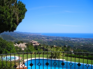 Exclusive Villa for sale - Marbella / Benahavis 1