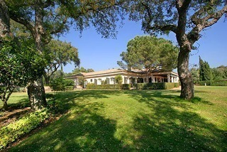 Property to buy: Villa mansion for sale Frontline golf Valderrama, Sotogrande