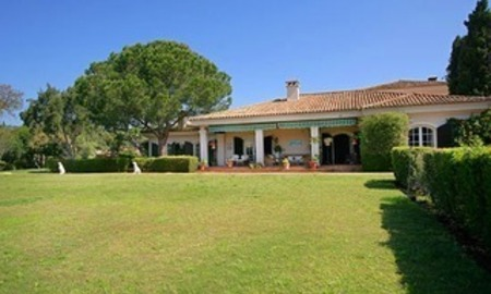 Property to buy: Villa mansion for sale Frontline golf Valderrama, Sotogrande 4