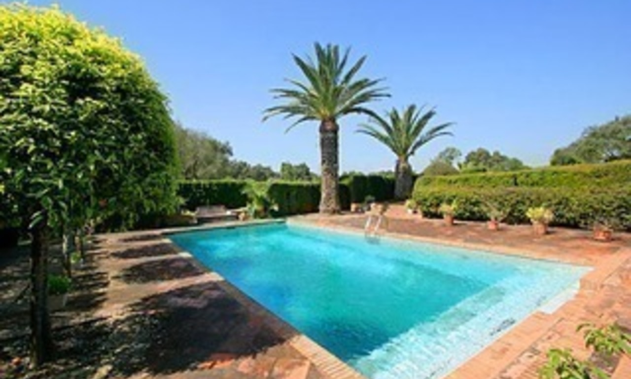Property to buy: Villa mansion for sale Frontline golf Valderrama, Sotogrande 8