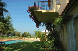 Villa with 2 guesthouses for sale - Marbella - Benahavis 1