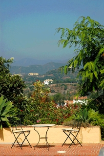 Villa with 2 guesthouses for sale - Marbella - Benahavis 9