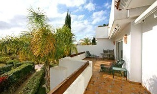 Beachfront and first line golf apartments for sale in Marbella, Los Monteros Playa 12
