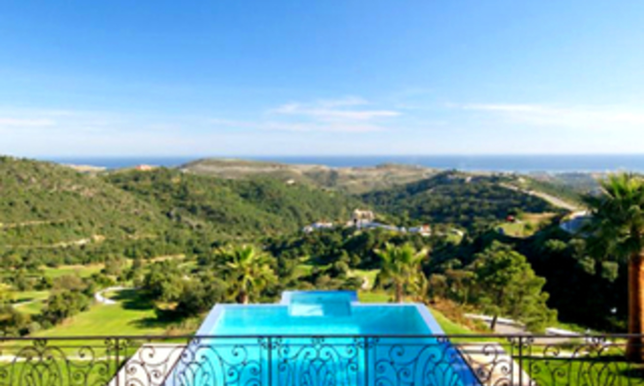 Villa Estate for sale on gated golfcourse, Marbella - Benahavis 2