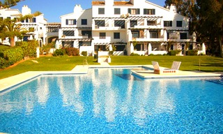 Bargain: Beachfront penthouse apartment for sale, on the border between Marbella and Mijas at the Costa del Sol. 2
