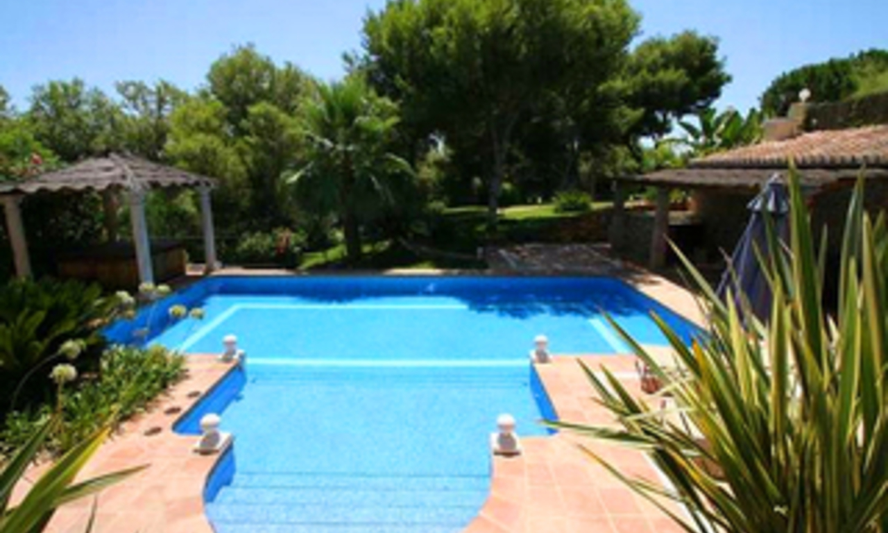 Villa for sale in Hacienda Las Chapas, Marbella 2